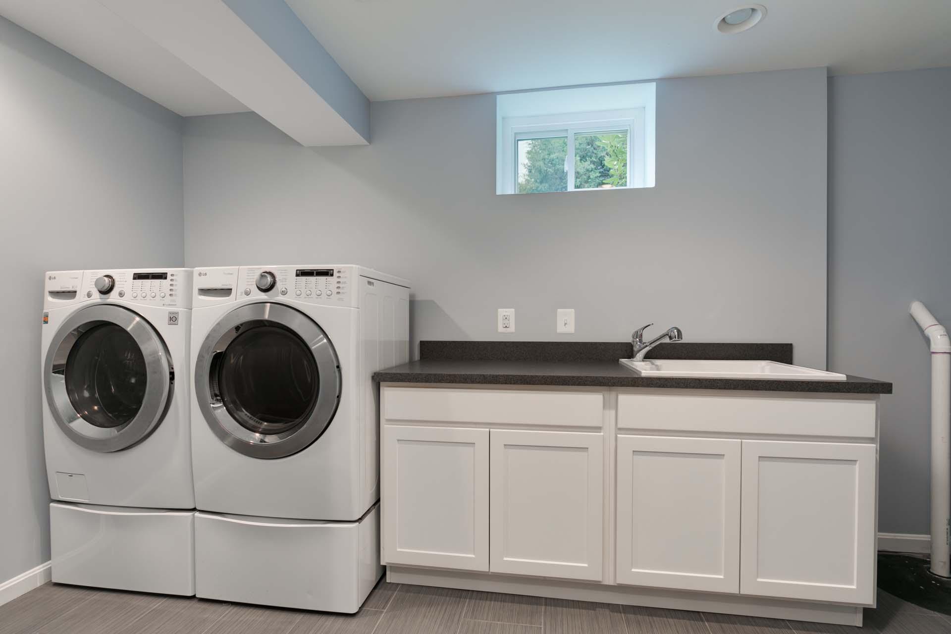 009 Laundry